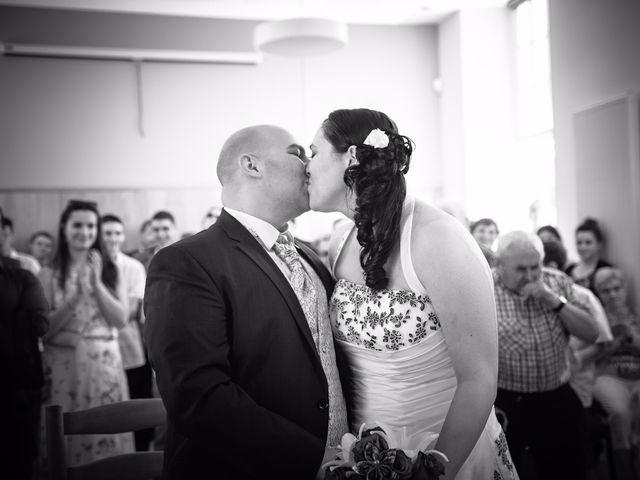 Le mariage de Anthony et Laetitia à La Taillée, Vendée 14