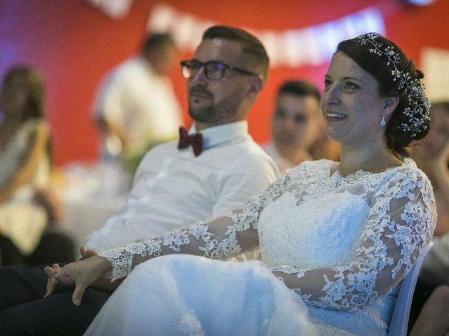 Le mariage de Manu  et Jennifer à Beaumont, Vienne 35