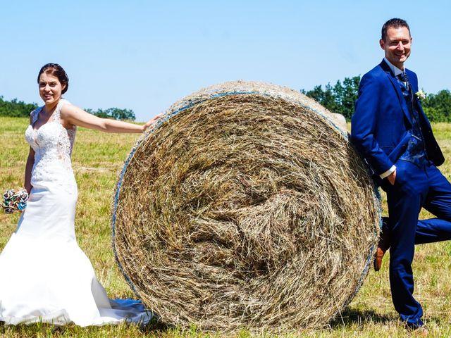 Le mariage de Romain et Elsa à Saint-Clair, Ardèche 11