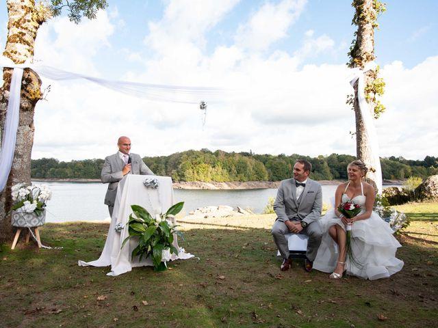 Le mariage de Gilles et Edwige à Pont-de-Salars, Aveyron 13