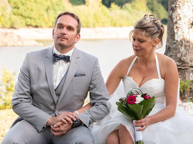 Le mariage de Gilles et Edwige à Pont-de-Salars, Aveyron 15