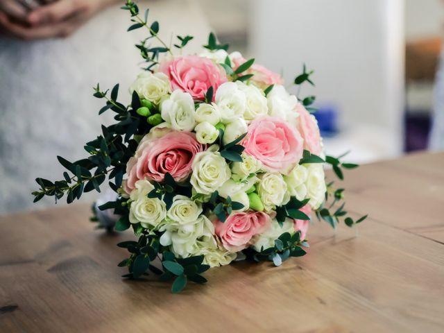 Le mariage de Alexandre et Elsa à Versailles, Yvelines 37