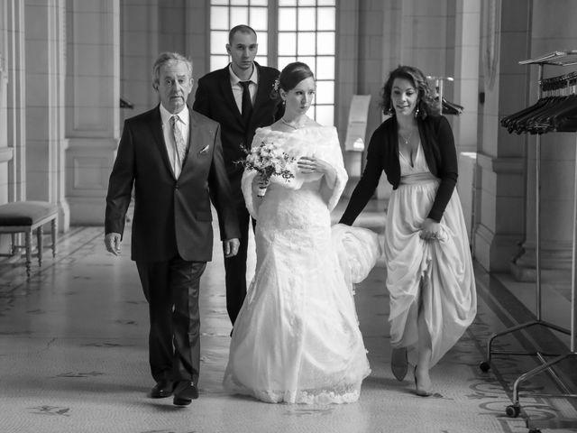 Le mariage de Alexandre et Elsa à Versailles, Yvelines 56