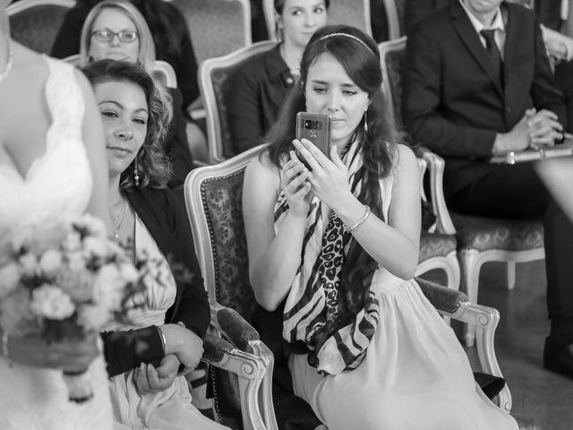 Le mariage de Alexandre et Elsa à Versailles, Yvelines 73