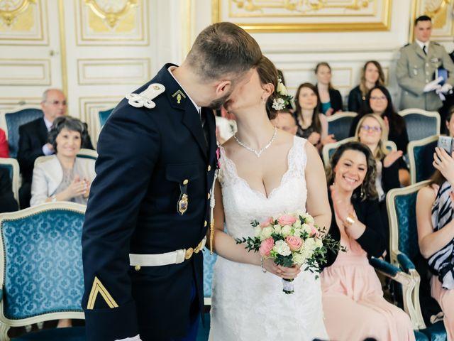 Le mariage de Alexandre et Elsa à Versailles, Yvelines 76