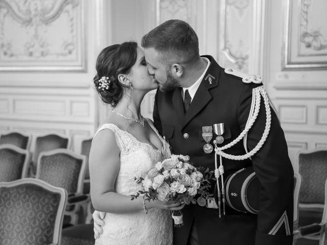 Le mariage de Alexandre et Elsa à Versailles, Yvelines 83