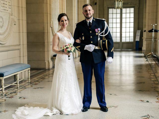 Le mariage de Alexandre et Elsa à Versailles, Yvelines 84