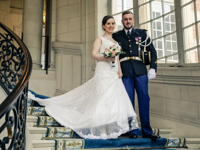 Le mariage de Alexandre et Elsa à Versailles, Yvelines 85