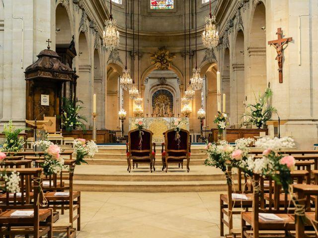 Le mariage de Alexandre et Elsa à Versailles, Yvelines 96