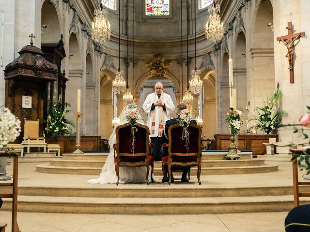 Le mariage de Alexandre et Elsa à Versailles, Yvelines 123