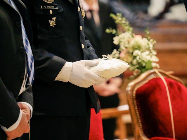 Le mariage de Alexandre et Elsa à Versailles, Yvelines 125