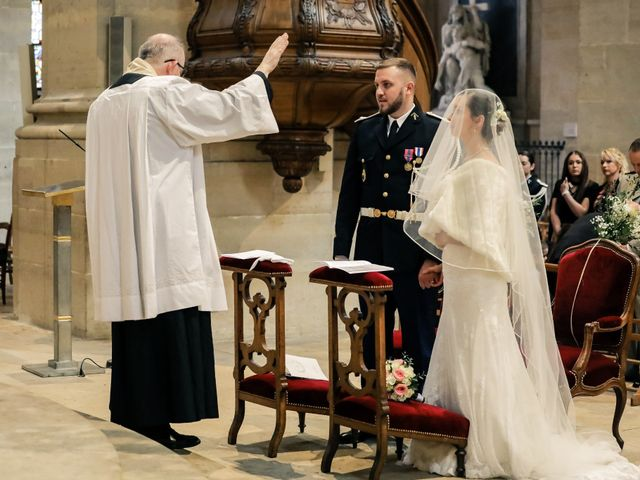 Le mariage de Alexandre et Elsa à Versailles, Yvelines 127
