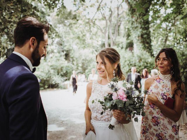 Le mariage de Loic et Claire à Saint-Zacharie, Var 15