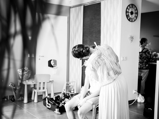 Le mariage de Damien et Elodie à L'Isle-Jourdain, Gers 3