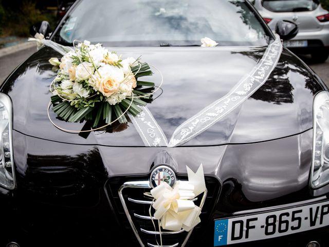 Le mariage de Damien et Elodie à L'Isle-Jourdain, Gers 10