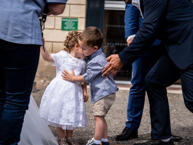 Le mariage de Damien et Elodie à L'Isle-Jourdain, Gers 36