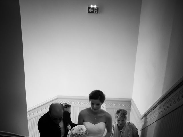 Le mariage de Damien et Elodie à L'Isle-Jourdain, Gers 39
