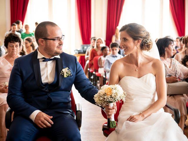 Le mariage de Damien et Elodie à L'Isle-Jourdain, Gers 40