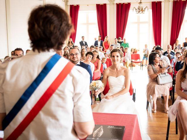 Le mariage de Damien et Elodie à L'Isle-Jourdain, Gers 41