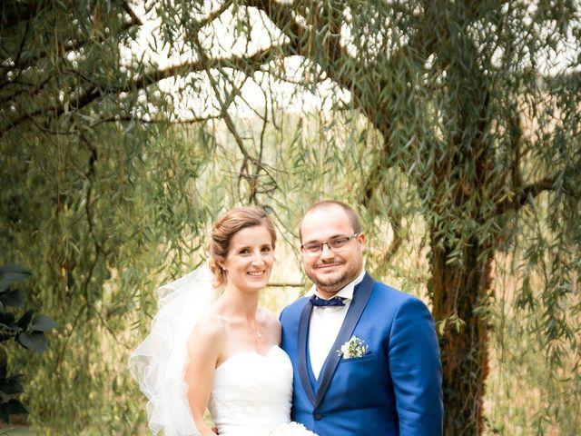 Le mariage de Damien et Elodie à L'Isle-Jourdain, Gers 61