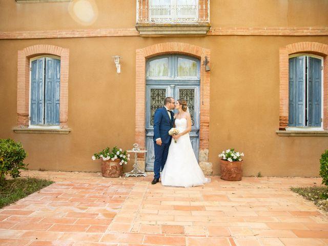 Le mariage de Damien et Elodie à L'Isle-Jourdain, Gers 69