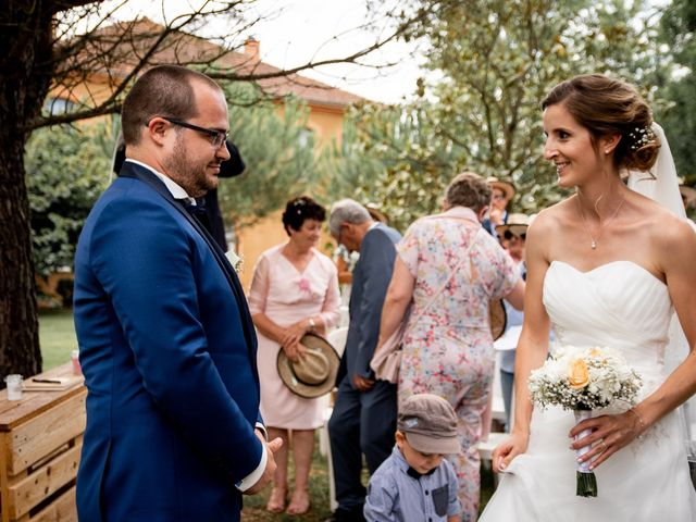 Le mariage de Damien et Elodie à L'Isle-Jourdain, Gers 111