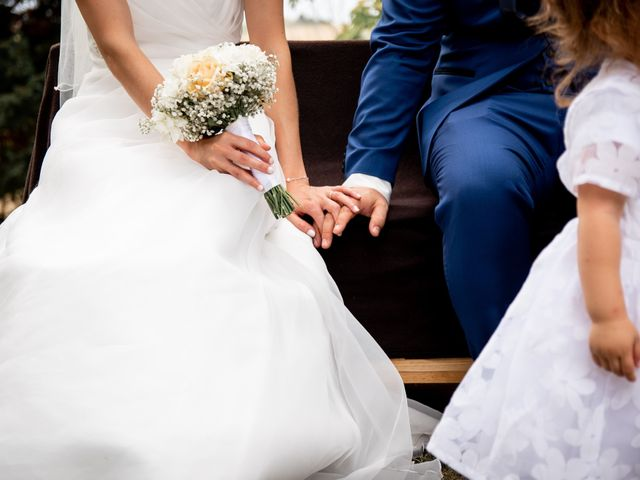 Le mariage de Damien et Elodie à L'Isle-Jourdain, Gers 124