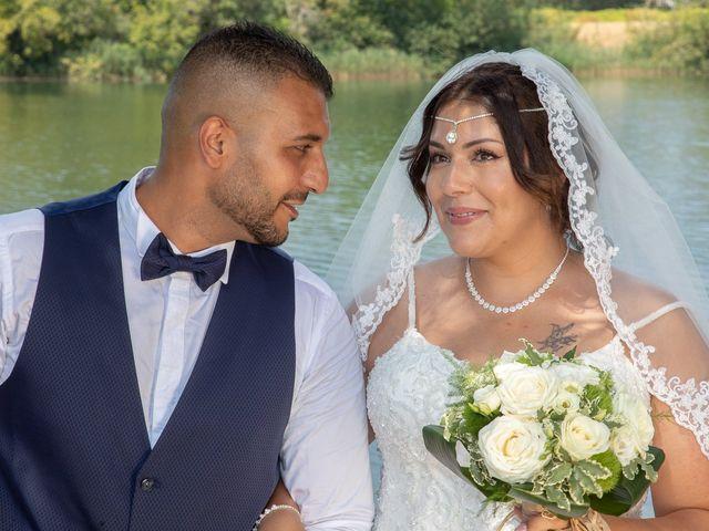 Le mariage de Nour et Zilfuye à Divonne-les-Bains, Ain 15