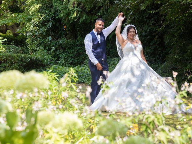 Le mariage de Nour et Zilfuye à Divonne-les-Bains, Ain 27