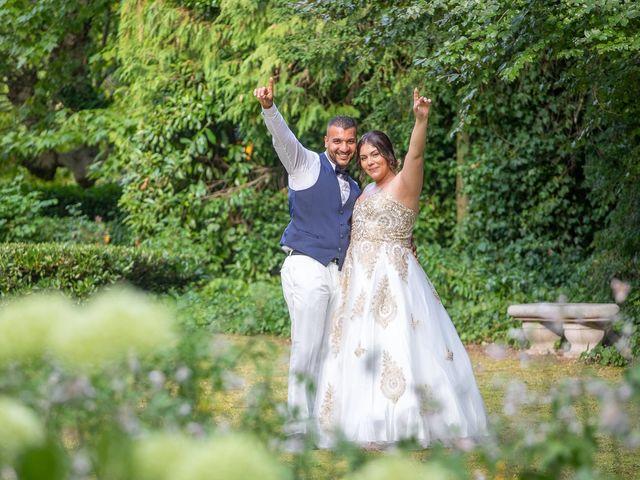 Le mariage de Nour et Zilfuye à Divonne-les-Bains, Ain 28