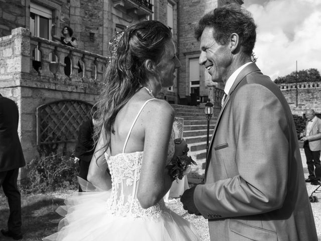 Le mariage de Joël et Marie-Laure à Plonéour-Lanvern, Finistère 76