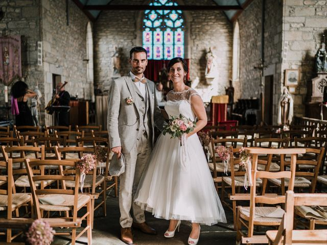 Le mariage de Nicolas et Sabrina à Plouégat-Moysan, Finistère 39