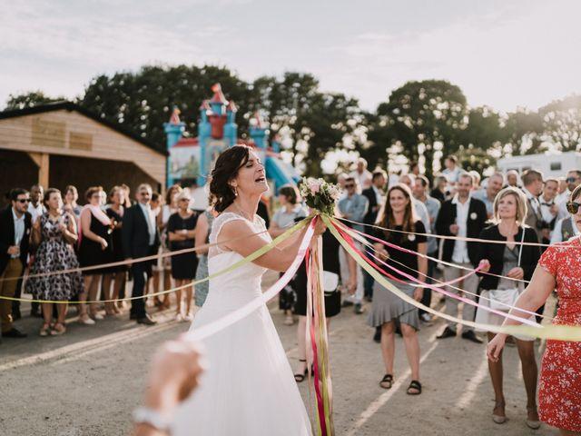 Le mariage de Nicolas et Sabrina à Plouégat-Moysan, Finistère 61