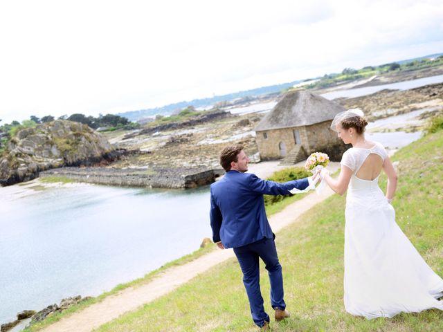 Le mariage de Romain et Alexandra à Perros-Guirec, Côtes d'Armor 13