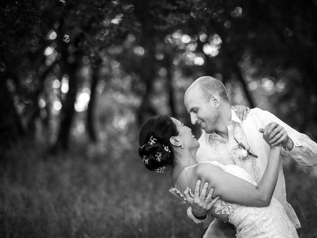 Le mariage de Cédric et Dulce à Ollières, Var 28