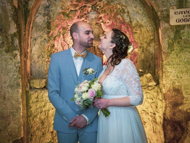 Le mariage de Mathilde et Hugues à Mailly-Champagne, Marne 71