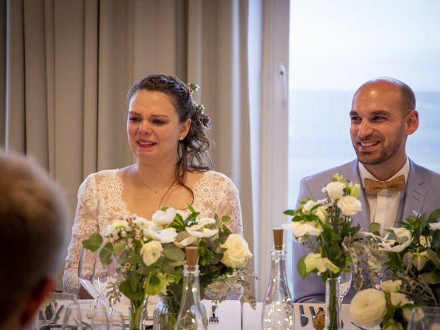 Le mariage de Mathilde et Hugues à Mailly-Champagne, Marne 100