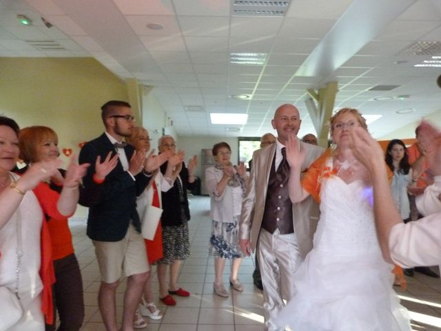 Le mariage de Domibnique et Nathalie à Changé, Sarthe 10