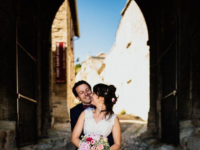Le mariage de Antoine et Carine à Villeneuve-les-Avignon, Gard 30