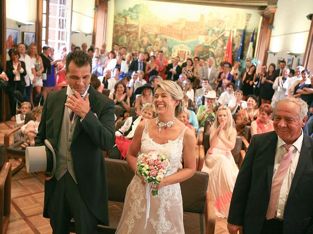 Le mariage de Emmanuel et Chrystel à Albi, Tarn 33