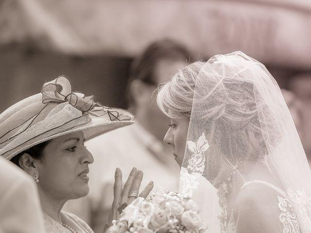 Le mariage de Emmanuel et Chrystel à Albi, Tarn 39