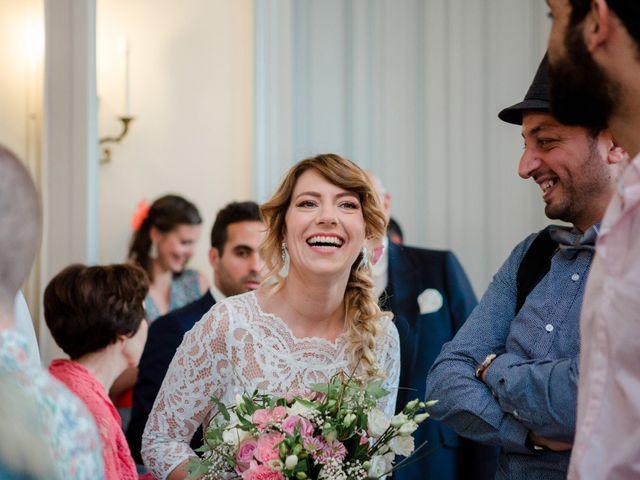 Le mariage de Taher et Adeline à La Boissière-École, Yvelines 11