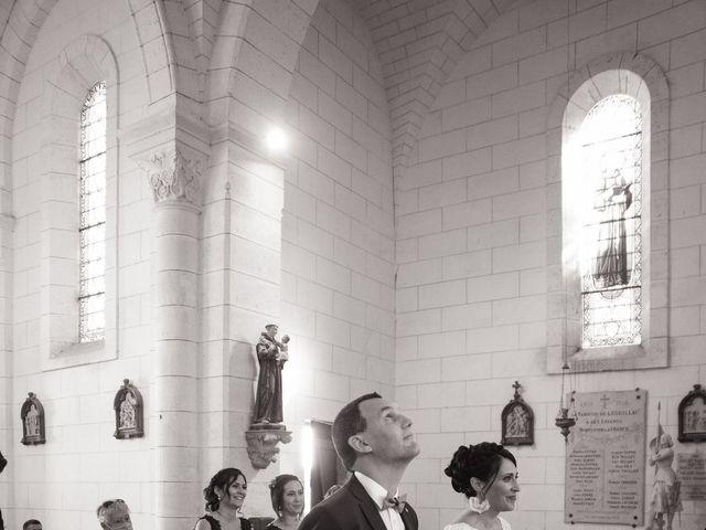 Le mariage de Jonathan et Stéphanie à Saint-Léon-sur-l'Isle, Dordogne 8