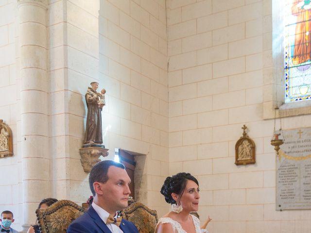 Le mariage de Jonathan et Stéphanie à Saint-Léon-sur-l'Isle, Dordogne 9