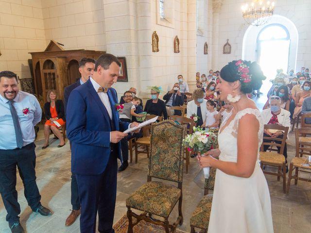Le mariage de Jonathan et Stéphanie à Saint-Léon-sur-l'Isle, Dordogne 15
