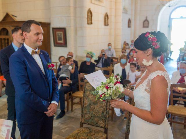 Le mariage de Jonathan et Stéphanie à Saint-Léon-sur-l'Isle, Dordogne 16