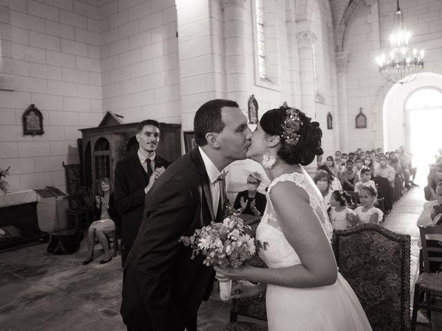 Le mariage de Jonathan et Stéphanie à Saint-Léon-sur-l'Isle, Dordogne 18