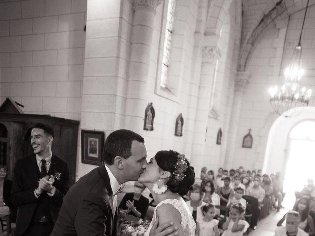 Le mariage de Jonathan et Stéphanie à Saint-Léon-sur-l'Isle, Dordogne 19