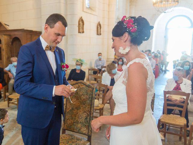 Le mariage de Jonathan et Stéphanie à Saint-Léon-sur-l'Isle, Dordogne 21