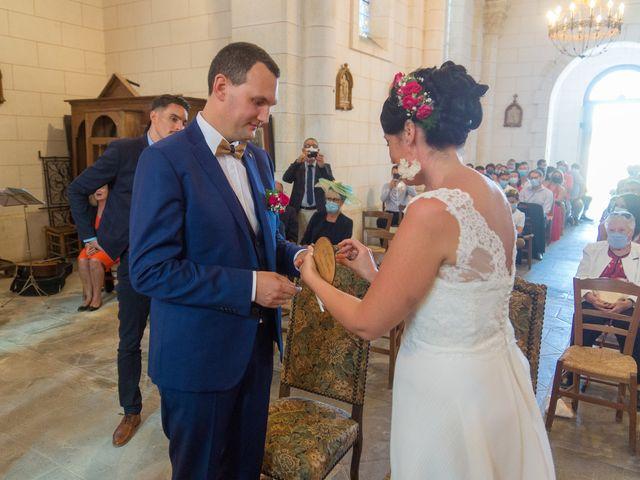 Le mariage de Jonathan et Stéphanie à Saint-Léon-sur-l'Isle, Dordogne 23